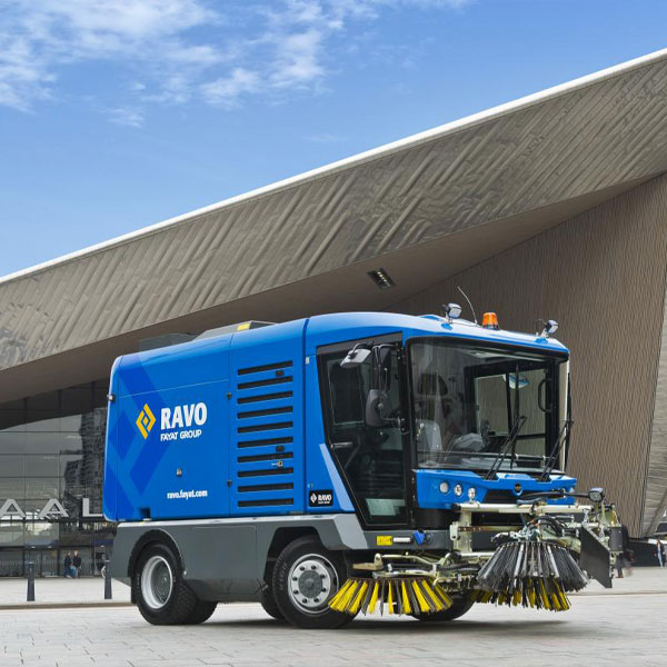 Blue Ravo 5-iSeries Street Sweeper