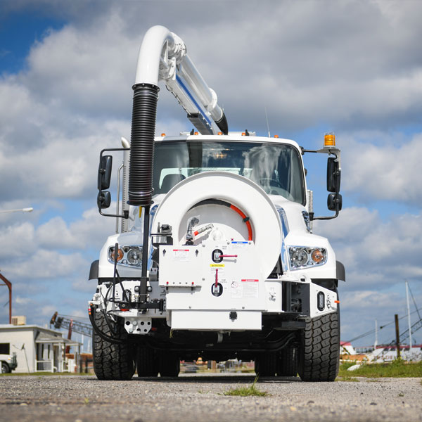Vac-Con Dual Engine Combo Truck Front