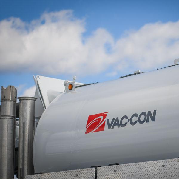 Vac-Con Dual Engine Combo Truck Vacuum