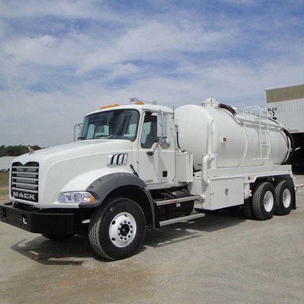 Keith Huber Dominator Truck