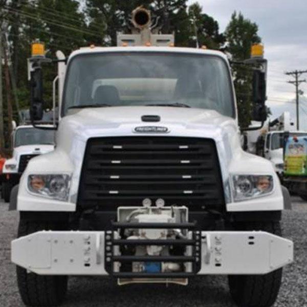 Front View of VAC-CON IXPD5712 MHE/1100 XCAVATOR