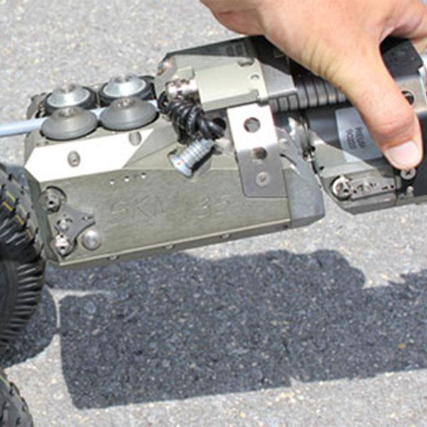 An operator adjusts the Rausch camera